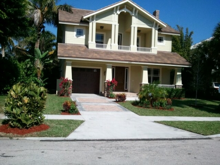 residentail-south-florida-landscape-maintenance